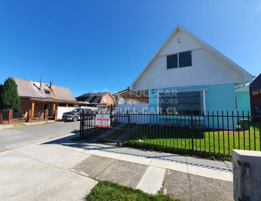 Espectacular Casa en Arriendo para Uso Comercial en Valle Volcanes
